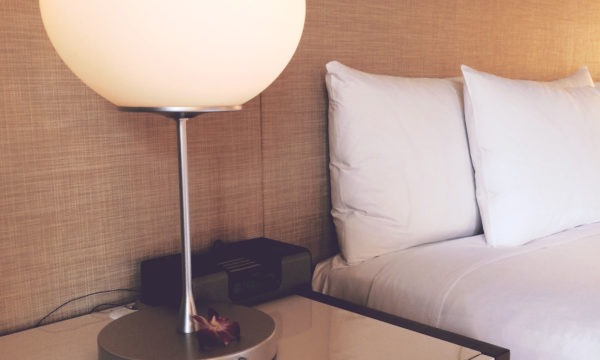 accommodation-apartment-bed-279805
